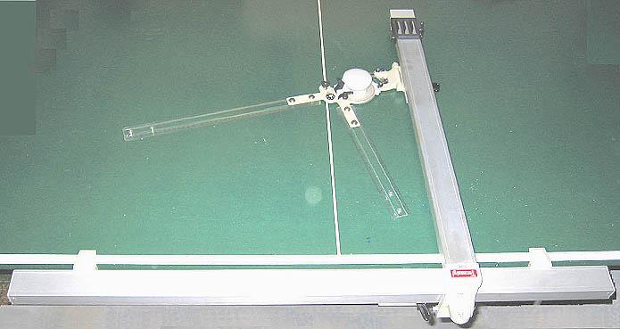 Zeichenmaschine für Tischbefestigung